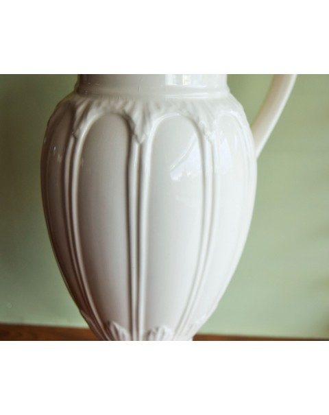 (OUT OF STOCK) LEEDS CREAMWARE URN